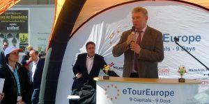 Dieter Reiter - München Odeonsplatz - eTourEurope - Elektroauto - Event
