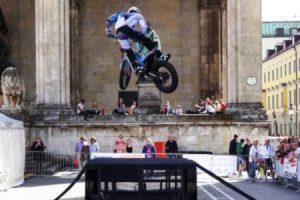 Elektro Trial Motorrad - Odeonsplatz - ElektroMOBILität Event